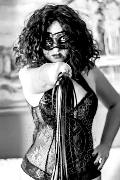 Mistress Claudia  ROMA 3288587406