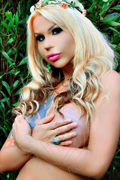 Sheylla Oliveira  VOGHERA 3203413280