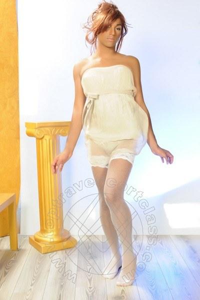 Veronica London  BASILEA 0041754232708