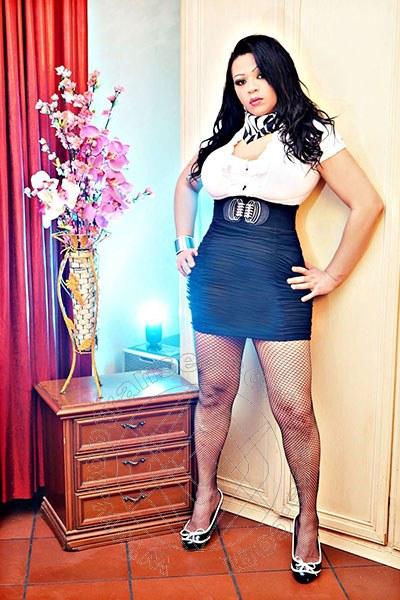 Monica  CHIAVARI 3292733132